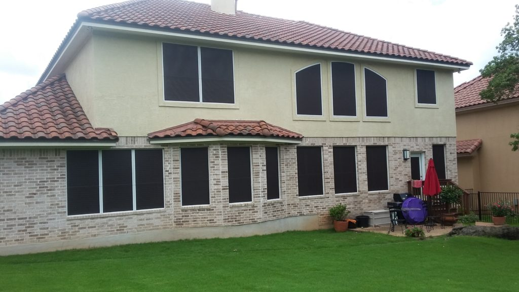Back of home showing 17 90% solar screens