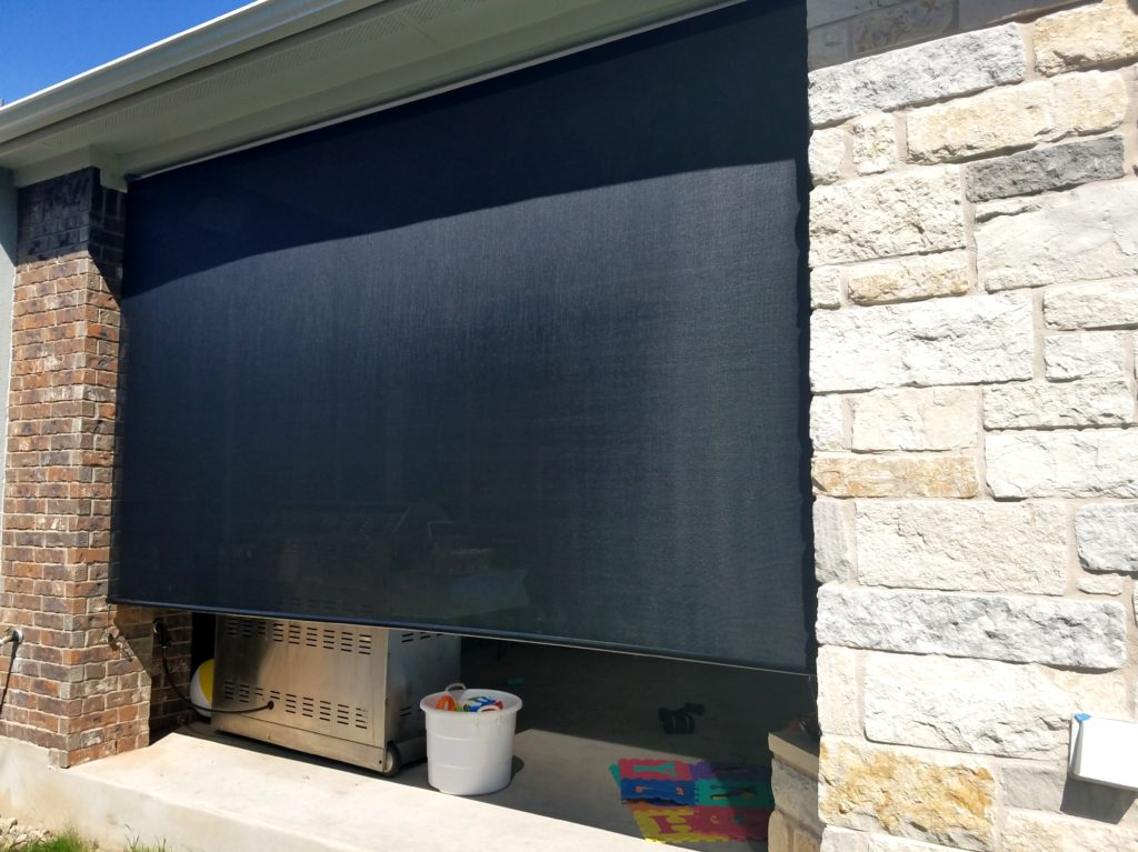 140 in wide outdoor roller shade for Georgetown Texas patio.