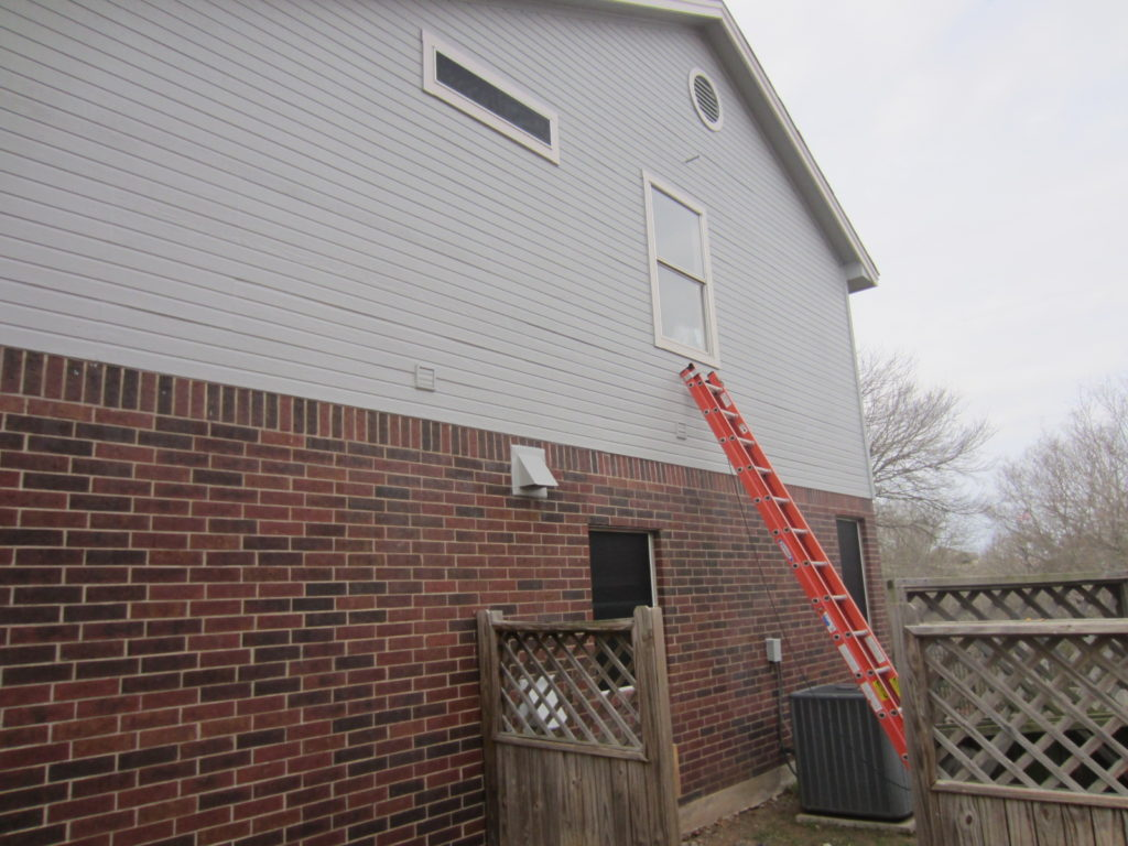 This is the right side of this Austin Texas home where were used or 80% solar screen fabric.